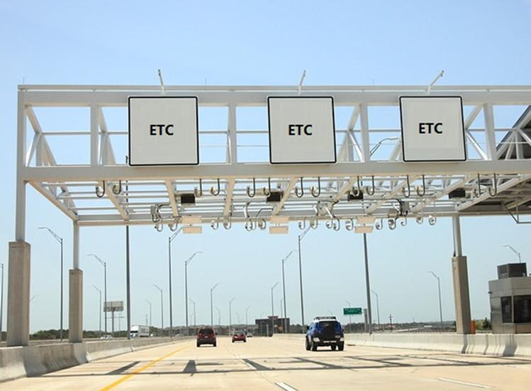 Estación de peaje en una autopista con RFID UHF Gen2